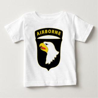 101st空輸Divの戦闘サービスバッジ ベビーTシャツ