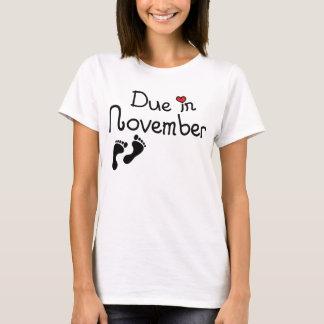 11月に当然 Tシャツ