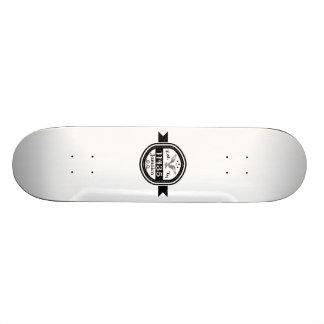 11435ジャマイカに確立される オリジナルスケートボード