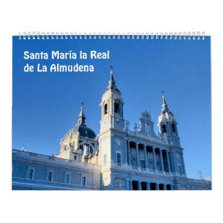 12か月のサンタマリアのla実質のde La Almudena カレンダー