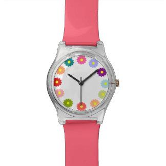 12の花のピンクの珊瑚及び多彩な花の腕時計 腕時計