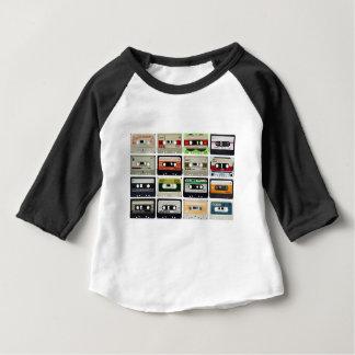 16のオーディオ・カセットテープ ベビーTシャツ