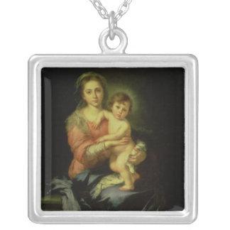 1638年後のマドンナそして子供、 シルバープレートネックレス