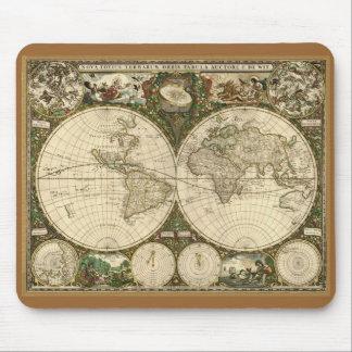 1660年のFrederick de Witの旧世界の地図 マウスパッド
