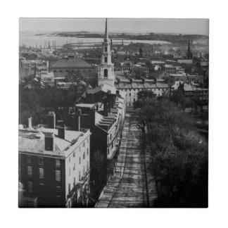 1859年:  州の家からのボストンの眺め タイル