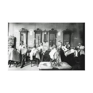 1890年代の理髪店の写真のオリジナル キャンバスプリント