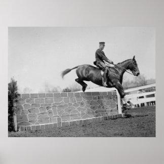 1911年頃馬を跳ぶヴィンテージ ポスター