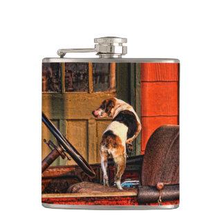 1915ごまかしおよび犬 フラスク