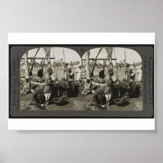 1928年頃エジプトのナイルからの持ち上がる水 ポスター