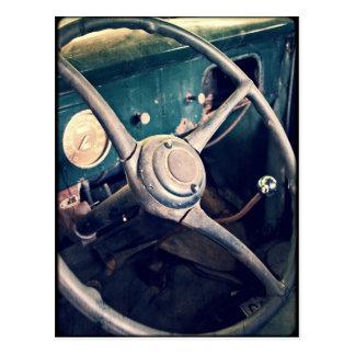 1939匹のアンティーククラシックな車のダッシュボード ポストカード