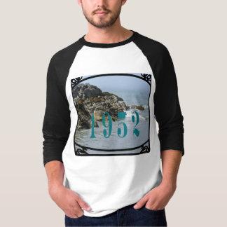 1952人のTシャツ Tシャツ