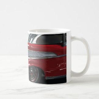 1957年のシボレー筋肉車 コーヒーマグカップ