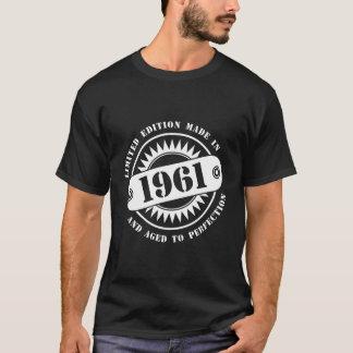 1961年になされる限定版 Tシャツ