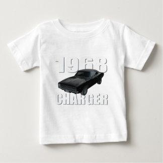 1968のごまかしの充電器rt ベビーTシャツ