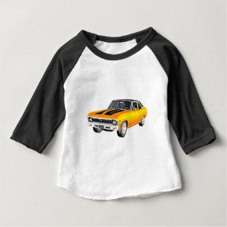 1968年の金ゴールド筋肉車 ベビーTシャツ