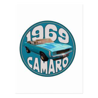 1969年のCamaro SSの淡いブルーのぼろきれの上 ポストカード