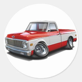 1970-72年のChevy C10の赤白のトラック ラウンドシール