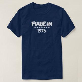 """""""1975年""""のワイシャツで作られるカスタマイズ可能 Tシャツ"""