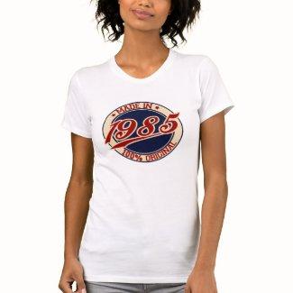 1985年に作られる T-シャツ