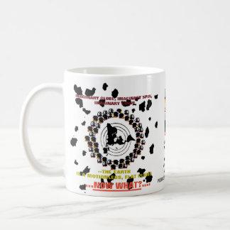 """(#1A) (FEPE) """"…今何…か""""。 平らな地球(マグ) コーヒーマグカップ"""