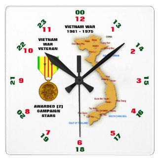 2つのキャンペーン星のベトナム戦争の退役軍人 スクエア壁時計