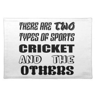 2つのタイプのスポーツがクリケットをします他あり、 ランチョンマット