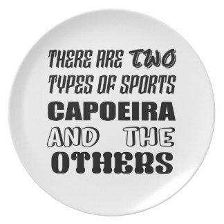 2つのタイプのスポーツがCapoeiraおよび他あります プレート