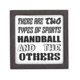 2つのタイプのスポーツのハンドボールおよび他があります ギフトボックス