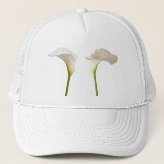 2つの白いオランダカイウの花 キャップ
