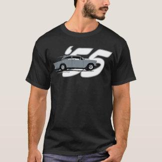 2つの車線の黒い上「55 Chevy Tシャツ