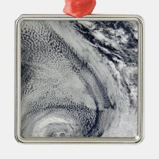 2つのS字形の北極のハリケーン メタルオーナメント