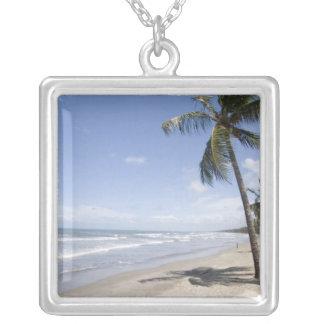 2のカリブ-トリニダード- Manzanillaのビーチ シルバープレートネックレス