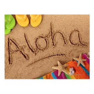 2の砂浜で、書かれる単語アロハ ポストカード