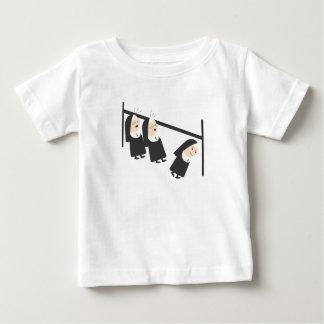 2人の尼僧… ベビーTシャツ