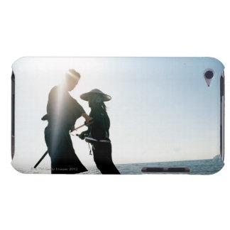 2人の武士の戦士2の対立 Case-Mate iPod TOUCH ケース