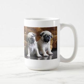 2匹のパグのマグ コーヒーマグカップ