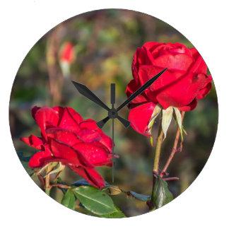 2匹の赤いバラの柱時計 ラージ壁時計