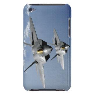 2匹のF-22猛禽は太平洋に飛びます Case-Mate iPod TOUCH ケース