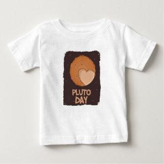 2月18日-プルート日-感謝日 ベビーTシャツ