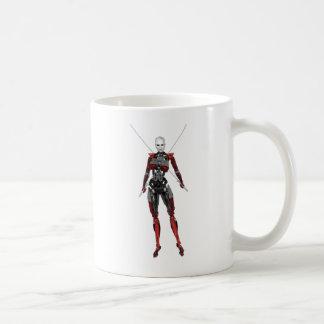 2本の剣とのサイボーグの武士の歩く コーヒーマグカップ