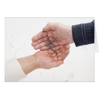 2本の手および針 グリーティングカード