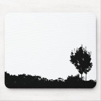 2本の黒い木 マウスパッド