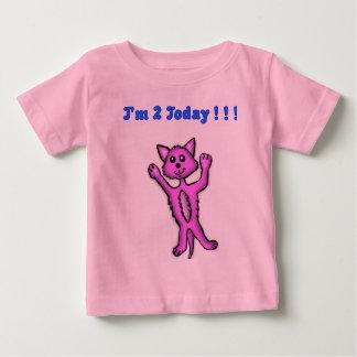 2歳の子猫のTシャツ ベビーTシャツ