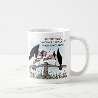 2羽のハゲタカおよび銃 コーヒーマグカップ