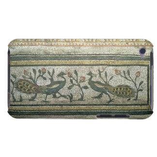 2羽の孔雀、mosaからの装飾的なボーダー詳細 barely there iPod ケース