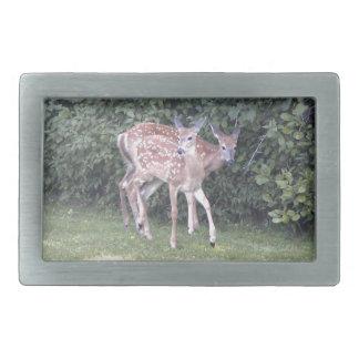 2頭のかわいい子鹿の写真 長方形ベルトバックル