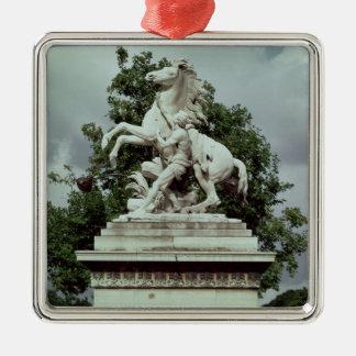 2頭の「泥灰質の馬」の1頭、1739-45年 メタルオーナメント