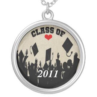 2011年の王冠卒業のクラスを投げる帽子 シルバープレートネックレス