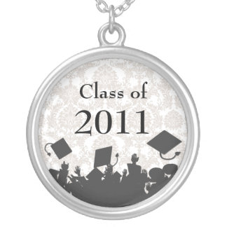 2011年の群集卒業のクラスを投げる帽子 シルバープレートネックレス