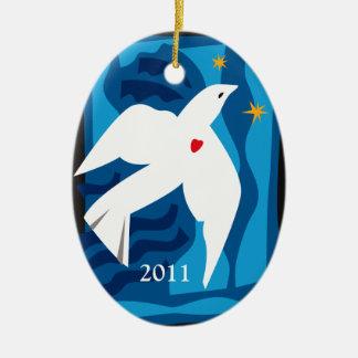 2013年の平和鳩のオーナメント セラミックオーナメント